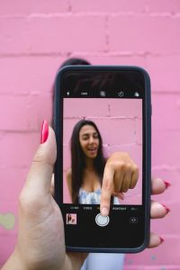 Common-mistakes-when-shooting-film-video-with-smartphone