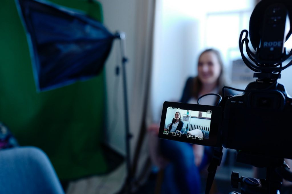 Review: 5 BEST Cheap Microphones for Youtube videos – under $100