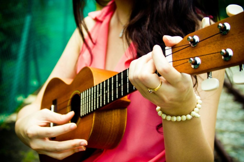 Soprano or Concert Ukulele for Beginner