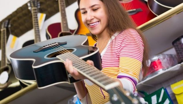 The Best Acoustic Guitars For Small Female Hands