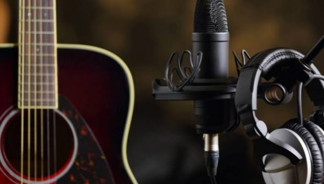 Best Mic For Recording Acoustic Guitar Under $100