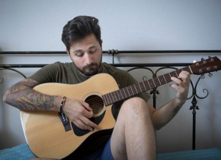 There are many factors that affect how long it takes you to learn to play the acoustic guitar