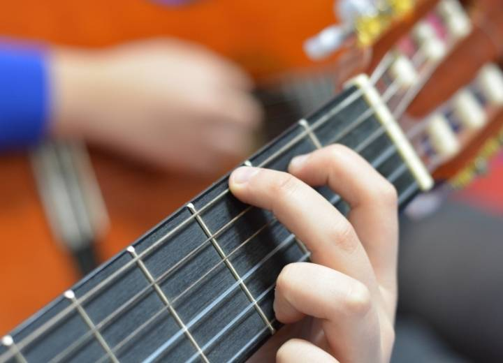 classical guitar playing