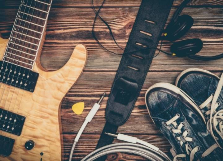 play an electric acoustic guitar without an amp