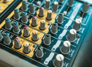 Analog Vs Digital Mixer For Recording - What Is The Difference Between Analog and Digital Mixers