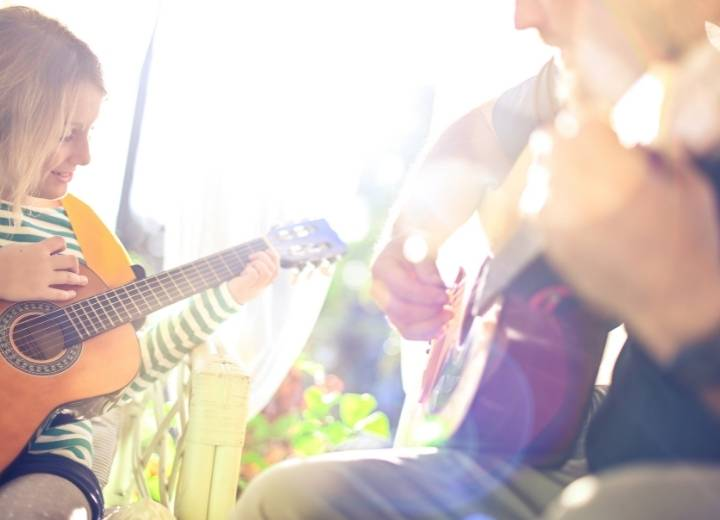 Benefits of a guitar for children