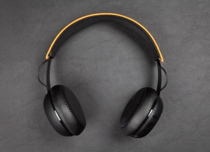 Can You Use Wireless Headphones For Studio Recording