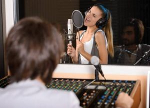 How Much Does It Cost To Rent A Recording Studio For An Hour?